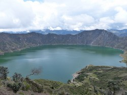 1804 Quilotoa crater lake